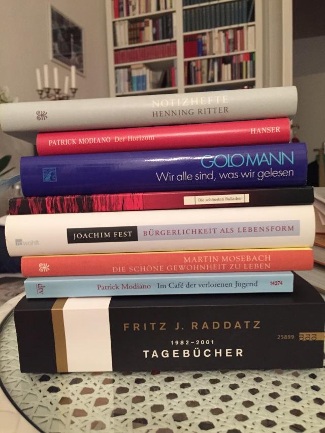 Acht der zehn vorgestellten Bücher Foto: nw2015