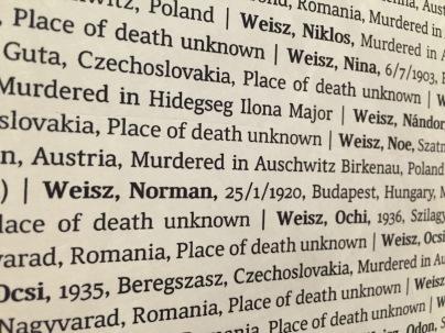 """Aus dem """"Buch der Namen"""" Foto: nw2016"""