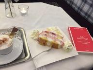 Ach, Österreich! Mélange, Himbeerkardinal, Essay Foto: nw2016