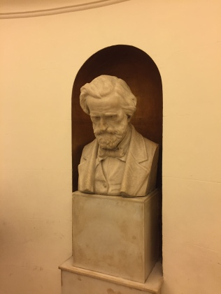 Büste Giuseppe Verdis im Teatro San Carlo, Neapel | Foto: nw2017